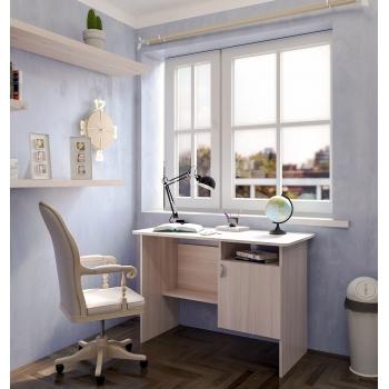 Стол письменный с дверкой